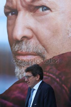 Gian Carlo Muzzarelli, Mayor of Modena, Inauguration of the photographic exhibition on the life of Vasco Rossi — Foto Editoriale Stock © frizio #153397512