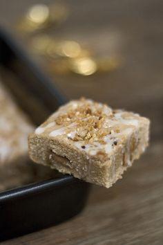 feines gemüse: Vorweihnachtliche Gefühle: Lebkuchen-Blondies mit Karamell