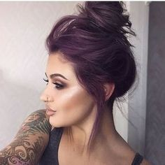 21 Lavender Hair Looks That Will Make You Grab Hair Dye Immediately - hair - Hair Color Hair Color Purple, Subtle Purple Hair, Violet Hair Colors, Purple Hair Styles, Purple Tinted Hair, Dark Fall Hair Colors, Fun Hair Color, Hair Colours, Dark Violet Hair