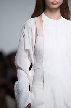 Chic white tailoring with textured layers; fashion details // Gabriele Colangelo Spring 2016