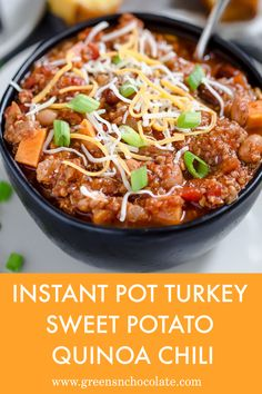 An easy turkey chili recipe with ground turkey, sweet potatoes, and quinoa. #easy #delicious #lunch | greensnchocolate.com @greenschocolate Quinoa Sweet Potato, Sweet Potato Chili, Using A Pressure Cooker, Pressure Cooker Recipes, Easy Family Meals, Quick Meals, Chili Recipes, Real Food Recipes, Easy Turkey Chili