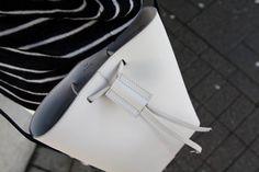 PB 0110 www. Fashion, Baggers, Moda, Fashion Styles, Fashion Illustrations