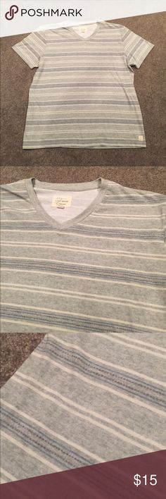 Lucky brand shirt Men's size XL. V neck. Exceptional condition. Gray/green color. Really comfortable soft material Lucky Brand Shirts Tees - Short Sleeve