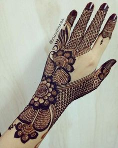 Mehndi Design Offline is an app which will give you more than 300 mehndi designs. - Mehndi Designs and Styles - Henna Designs Hand Henna Hand Designs, Dulhan Mehndi Designs, Arabic Bridal Mehndi Designs, Mehndi Designs Finger, Modern Mehndi Designs, Mehndi Design Pictures, Beautiful Henna Designs, Latest Mehndi Designs, Mehndi Designs For Hands