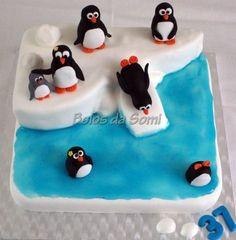 penguins cake---awww for ashley
