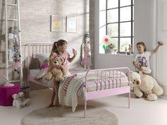 Pat metalic pentru copii Jacky Rose #homedecor #interiordesign #inspiration #homedesign #kidsroom #kids #pink #girlsroom Toddler Bed, Kidsroom, Interior, Furniture, Rose, Pink, Design, Home Decor, Child Bed