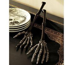 'salad hands'!!! Awesome, huh? Apparently Pottery Barn online has them  ;-D  A friend had the image on  FB and I had to share!!!