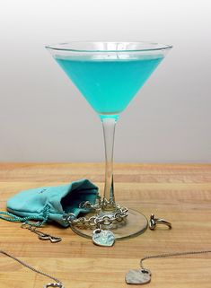 Just Brit: Tiffany Blue Wedding PunchJust Brit: Tiffany Blue Wedding PunchNew Tiffany Blue Yeti 30 oz Rambler Tumbler 2016 Stock closeout Brand New Tiffa.New Tiffany Blue Yeti 30 oz Rambler Tumbler 2016 Stock closeout Cosmopolitan, Blue Hawaiian Jello Shots, Tiffany Theme, Tiffany Blue Drinks, Blue Cheese Sauce, Blue Yeti, Cocktails To Try, Blue Curacao, Bridal Showers