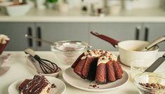 Το απόλυτο σοκολατένιο κέικ! Cupcake Cakes, Cupcakes, Chocolate Fondue, Sweets, Baking, Breakfast, Desserts, Food, Morning Coffee