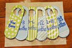 I Heart Pears: 20 DIY Baby Shower Gifts (diy baby closet) Baby Clothes Dividers, Closet Dividers, Baby Closet Organization, Organization Ideas, Homemade Christmas Gifts, Everything Baby, Baby Crafts, Organizer, Just In Case