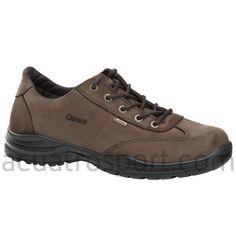 Fabricada en piel nobuck hidrofugada Scotchgard de máxima repelencia al agua.   Parte superior hidrorrepelente de máxima durabilidad y resistencia a los elementos.   Forro interior relleno de espuma para una máxima comodidad que proporciona una agradable sensación en el pie. Cardiff, Gore Tex, Unisex, Hiking Boots, Men's Fashion, Clothing, Shoes, Zapatos, Men's Footwear