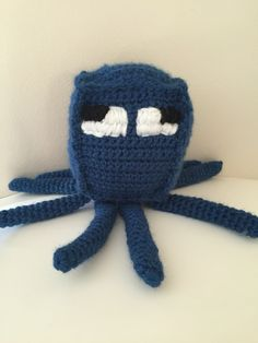 The next Minecraft pattern I decided to make was for a squid. This pattern basically consists of just a rectangle and 8 legs so hasn't got too much to it and doesn't take too long to ma…