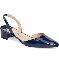 Clark Women S Shoes Discount Key: 3693529540 Cute Shoes, Me Too Shoes, Manolo Blahnik Hangisi, Fashion Heels, Beautiful Shoes, Shoe Collection, Women's Pumps, Womens Flats, Girly