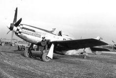 1Lt Dick Penrose and his P-51D 5Q+E