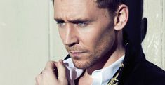 A picture of Hiddleston, in case you forgot what he looks like. Description from momentummoonlight.com. I searched for this on bing.com/images