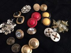 Making earrings and pins from buttons