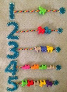 math activities that can be done with felt «School-Home Activities - Babyzimmer Ideen Diy Quiet Books, Baby Quiet Book, Felt Quiet Books, Diy Busy Books, Quiet Book Templates, Quiet Book Patterns, Baby Crafts, Felt Crafts, Crafts For Kids