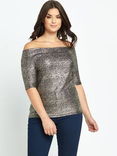 So Fabulous! Metallic Crepe Jersey Bardot Top - GoldBringing the glitz your AW15 wardrobe needs, this metallic bardot top by So Fabulous! comes exclusively in sizes 14-28 giving curvy girls a sparkling edge!The metallic gold thread running through this top has aniridescent sheen that twinkles as it catches the light, whie the off-the-shoulder style flashes a little skin for a touch of retro seductive chic.Wear it with your So Fab! skinny jeans and block heeled platform sandals for a…