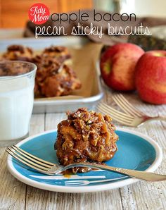 Easy and oh so delicious Apple Bacon Pecan Sticky Biscuits recipe at TidyMom.net