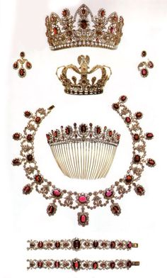 Marie Louis Ruby and Diamond Parure. Nitot 1810 http://amzn.to/2sdPx7Z