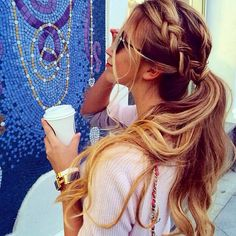 love this street hairstyle!