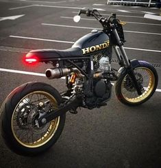 Go look at a few of my most favorite builds - modified scrambler designs like this Honda Scrambler, Cafe Racer Honda, Honda Dominator, Cafe Racer Bikes, Cafe Racer Build, Cafe Racer Motorcycle, Honda Motorcycles, Custom Motorcycles, Tracker Motorcycle