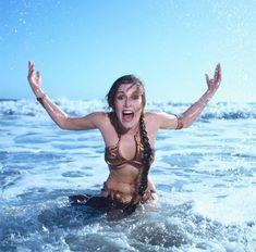 Una sesión de fotos de Carrie Fisher como Leia en la playa arrasa en Internet