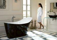 Victoria + Albert Amalfi bath in Piano Black