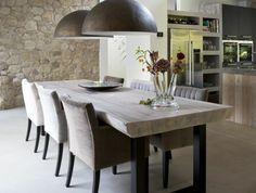 0-jolie-cuisine-avec-pierre-de-parement-pas-cher-en-pierres-beiges-lustres-suspendus-cuisine