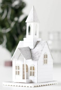Tim Holtz Bell Tower Die with Shari Carroll Christmas Village Houses, Putz Houses, Christmas Projects, Christmas Home, Xmas, Harry Potter Christmas Decorations, Victorian Manor, Pottery Houses, House Template