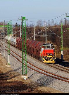 RailPictures.Net Photo: 229 Hungarian State Railways (MÁV) 478 / ex-M47 at Békéscsaba, Hungary by Máté Szilveszter