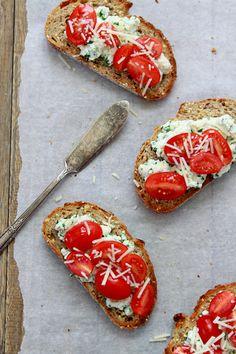 Herbed Ricotta and Tomato Crostini