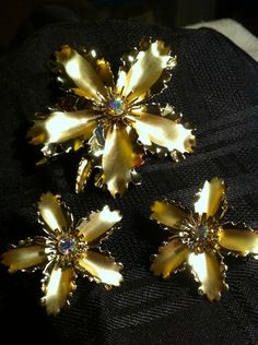 Large AB Rhinestone Gold Tone Flower Set...