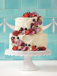wedding cake Source by MareikeC Wedding Cake Prices, Floral Wedding Cakes, Wedding Cakes With Cupcakes, Cool Wedding Cakes, Wedding Cake Toppers, Naked Cakes, Occasion Cakes, Fancy Cakes, Cake Designs