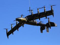Prueba de propulsión eléctrica  El 19 de agosto, día nacional de la aviación, un montón de gente está reflexionando sobre cuán lejos ha llegado la aviación en el siglo pasado. ¿Esto podría ser el futuro – un avión con muchos motores eléctricos que pueden flotar como un helicóptero y volar como un avión, y que podría revolucionar el transporte aéreo?