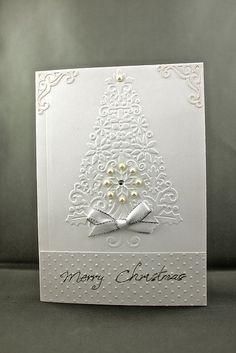 Cuttlebug lace Christmas Tree embossing folder ; Vintage Corners CB die; Swiss Dot CB embossing folder.