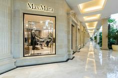 Maxmara, Moscow Fashion Stores, Max Mara, Moscow, Design, Fashion Shops, Design Comics