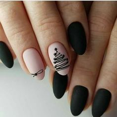 Nail art is a very popular trend these days and every woman you meet seems to have beautiful nails. It used to be that women would just go get a manicure or pedicure to get their nails trimmed and shaped with just a few coats of plain nail polish. Xmas Nails, Holiday Nails, Fun Nails, Christmas Nails 2019, Christmas Manicure, Christmas Tree Nail Art, Christmas Nail Art Designs, Christmas Deer, Simple Christmas