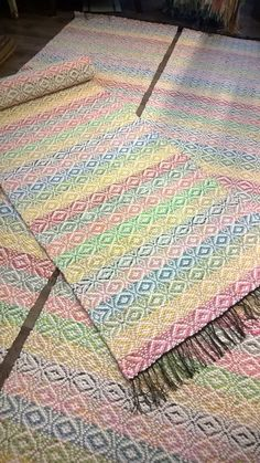 Rag Rugs, Weaving Art, Scandinavian Style, Pattern Design, Weave, Chiffon, Textiles, Ideas, Loom
