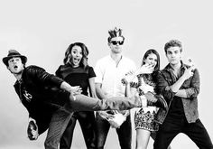 Ian Somerhalder, Kat Graham, Matt Davis, Nina Dobrev, Paul Wesley.  Matt Davis is just stood there like 'yeah, I'm the king'.