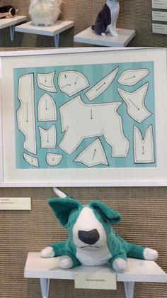 Plushie Patterns, Animal Sewing Patterns, Doll Patterns, Sewing Toys, Sewing Crafts, Sewing Projects, Sewing Stuffed Animals, Stuffed Animal Patterns, Book Crafts