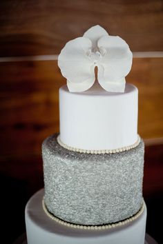 Orchid white wedding cake by Couture Cakes (Scobey Photography)