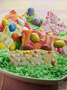 3. #Easter Bark - 7 Homemade Easter Treats ... → Food #Homemade