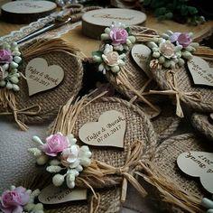 Elegant Wedding Favors, Diy Wedding, Wedding Gifts, Summer Wedding, Handmade Wedding, Craft Wedding, Personalized Wedding, Wedding Seating Cards, Rustic Wedding Seating