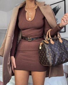 Louis Vuitton Bag outfit, and clothes Classy Outfits, Sexy Outfits, Chic Outfits, Trendy Outfits, Fashion Outfits, Womens Fashion, Fashion Trends, Fashion Styles, Beautiful Outfits