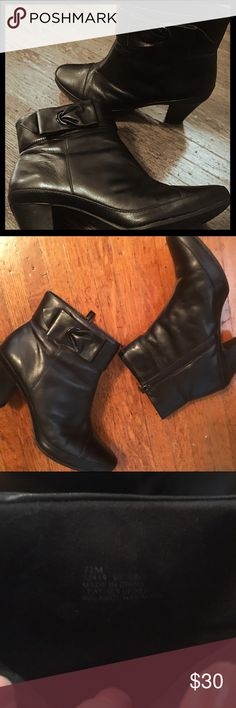 """Clarks Artisan booties Comfy black leather ankle boots from Clarks. The heel is 2.5"""" and the sole has rubber tread so they're great for winter. These were gently loved- (last pic shows scuffs on the heels) but they have a ton of life still in them! Clarks Shoes Ankle Boots & Booties"""