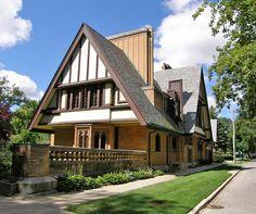 Фрэнк Ллойд Райт (Frank Lloyd Wright): Nathan G. Moore Residence, Oak Park, Illinois (Дом Натана Г. Мура, Оак-Парк, Иллинойс), 1895