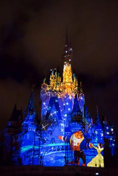 """""""Celebrate the Magic"""" Castle projection show at Magic Kingdom inside Walt Disney World Resort will be ending its four-year run on November 3, 2016, and"""