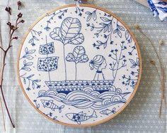 Arte de la pared azul mar azul bordado a mano por TamarNahirYanai