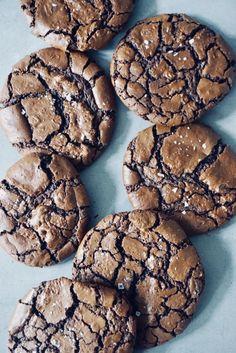 Crinkle Cookies, Fika, Cookie Monster, Crinkles, Brownies, Biscuits, Food And Drink, Cooking Recipes, Happiness